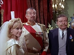 Wendy Forsythe (Heather North), Count Myron (Oscar Beregi), Max (Joe Higgins)