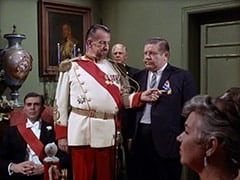 Count Myron (Oscar Beregi), Max (Joe Higgins)