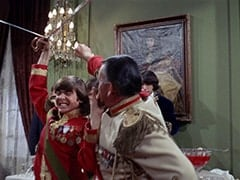 Davy Jones, Count Myron (Oscar Beregi), Mike Nesmith
