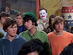 David Pearl, Micky Dolenz, David Price, Mike Nesmith, Tall Brunette Extra, Peter Tork