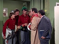 Davy Jones, Micky Dolenz, Mike Nesmith, Peter Tork, Captain Crocodile (Joey Forman), Howard Needleman (Phil Roth)