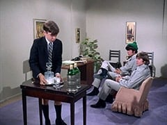 Junior Pinter (Joey Baio), Mike Nesmith, Davy Jones