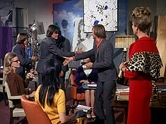 Miss de Lessups (?), Davy Jones, Micky Dolenz, Miss Osborne (Carole Williams), Miss Collins (Nancy Walters), Peter Tork, Madame Quagmeyer (Patrice Wymore)