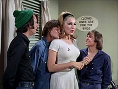 Mike Nesmith, Micky Dolenz, April Conquest (Julie Newmar), Davy Jones
