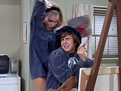 April Conquest (Julie Newmar), Davy Jones