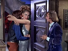 Freddy Fox III (David Pearl), April Conquest (Julie Newmar), Peter Tork