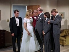 Groom (Geoffrey Deuel), Bride (Susan Howard), Waiter Bronislaw Kolinovsky (Olan Soule), Mr. Weatherwax (Philip Ober), Davy Jones, Peter Tork
