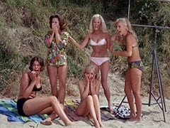 Tina (Linda Albertano), Miss Redondo Beach (?), Roxanne Albee, Miss Hermosa Beach (?), Light Blonde Extra