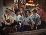 Mildred Weatherspoon (Ruth Buzzi), Micky Dolenz, Mike Nesmith, Davy Jones, Peter Tork