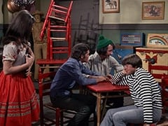 Angelita (Cynthia Hull), Micky Dolenz, Mike Nesmith, Davy Jones