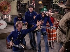 Peter Tork, Davy Jones, Micky Dolenz, Mike Nesmith, Angelita (Cynthia Hull), El Diablo (Peter Whitney)