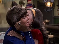 Davy Jones, Angelita (Cynthia Hull)