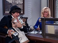 Davy Jones, Cashier (Joy Harmon)