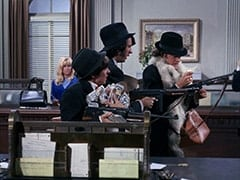 Cashier (Joy Harmon), Davy Jones, Mike Nesmith, Micky Dolenz