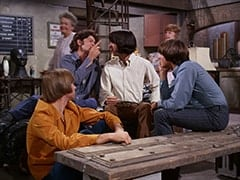 Peter Tork, Mrs. Filchok (Queenie Smith), Micky Dolenz, Mike Nesmith, Mrs. Homer (Violet Carlson), Davy Jones