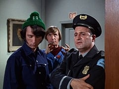 Mike Nesmith, Peter Tork, Chuche (Vic Tayback)