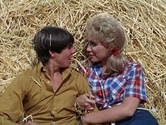 Davy Jones, Ella Mae Chubber (Melody Patterson)
