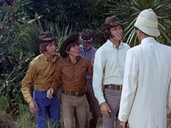 Peter Tork, Davy Jones, Micky Dolenz, Mike Nesmith, Dr. Schwartzkov (James Frawley)
