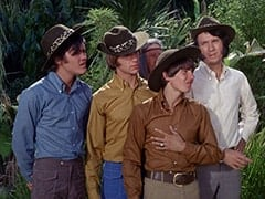 Micky Dolenz, Peter Tork, Kimba (Burt Mustin), Davy Jones, Mike Nesmith