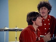 Davy Jones, Micky Dolenz