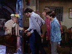 Mildred Weatherspoon (Ruth Buzzi), Mike Nesmith, Peter Tork, Davy Jones
