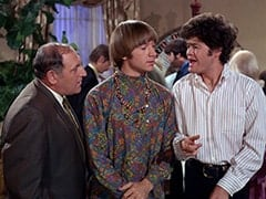 Biggy (Pepper Davis), David Price, Peter Tork, Casino Patron (David Pearl), Micky Dolenz
