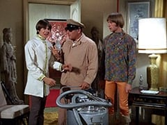 Davy Jones, Biggy (Pepper Davis), Peter Tork