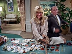 Zelda (Joy Harmon), Biggy (Pepper Davis)