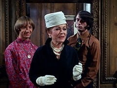 Peter Tork, Mrs. Vandersnoot (Jeanne Sorel), Mike Nesmith