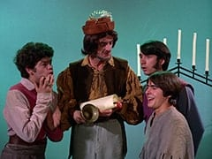 Micky Dolenz, Town Cryer (Rege Cordic), Mike Nesmith, Davy Jones