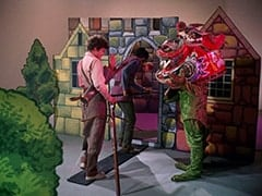 Micky Dolenz, Mike Nesmith, Dragon (?)