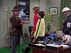Chief (Clarke Gordon), Peter Tork, Davy Jones, Chief's Assistant (?)