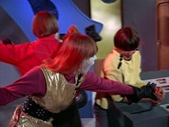 Peter Tork, Assistant (Nita Talbot), Davy Jones