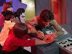Assistant (Nita Talbot), Davy Jones, Peter Tork, Captain (Stuart Margolin), Micky Dolenz