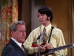 Manager (Henry Beckman), Mike Nesmith