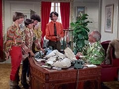Peter Tork, Davy Jones, Micky Dolenz, Mike Nesmith, Mendrek (Hans Conried)