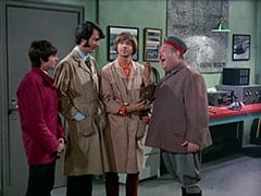 Davy Jones, Mike Nesmith, Peter Tork, Wolfgang (Stubby Kaye)
