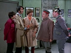 Davy Jones, Mike Nesmith, Peter Tork, Wolfgang (Stubby Kaye), Baron Von Klutz (David Hurst)