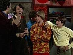 Jim (James Frawley), Mike Nesmith, Micky Dolenz, Peter Tork, Davy Jones