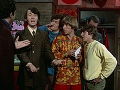 Jim (James Frawley), Mike Nesmith, Micky Dolenz, Peter Tork, Davy Jones, Artie (?)