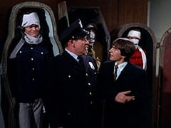 Micky Dolenz, Customs Man (Jack H. Williams), Mike Nesmith, Davy Jones, Peter Tork