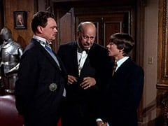 Sir Twiggly Toppin Middle Bottom (Bernard Fox), Mr. Friar (Laurie Main), Davy Jones