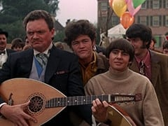 Sir Twiggly Toppin Middle Bottom (Bernard Fox), Micky Dolenz, Davy Jones, Mike Nesmith