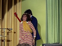 Miss Jones (Davy Jones), Mike Nesmith