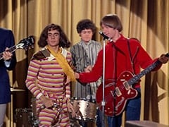 Miss Jones (Davy Jones), Micky Dolenz, Peter Tork