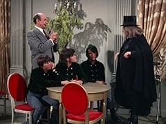 Davy Jones, Latham (Milton Frome), Micky Dolenz, Mike Nesmith, Oraculo (Monte Landis)