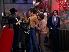 Oraculo (Monte Landis), Micky Dolenz, Davy Jones, Rudy Bayshore (James Frawley), Mike Nesmith